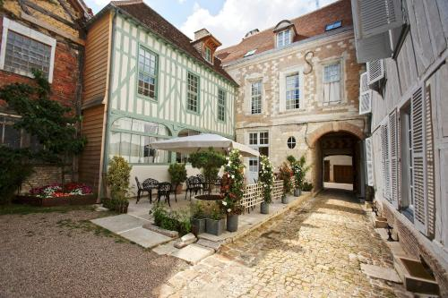 Hotel Saint Georges : Guest accommodation near Troyes
