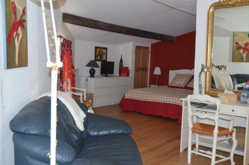 Chambre d'hôtes La Vigneronne : Bed and Breakfast near Puimisson