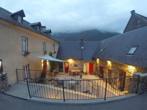 Gîte La Maisonnée : Guest accommodation near Chèze