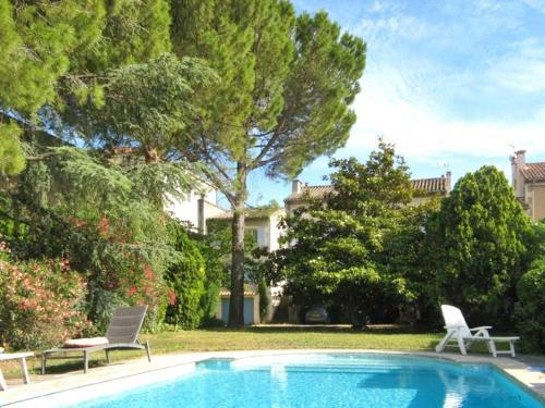 Apartment Boulevard Gambetta : Apartment near Saint-Rémy-de-Provence