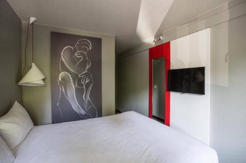 ibis Senlis : Hotel near Rieux