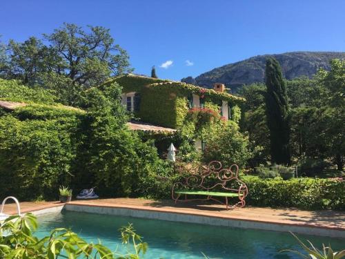 Maison De Vacances - Moustier-Ste-Marie : Guest accommodation near Bras-d'Asse