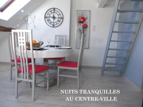 Appartement plein centre : Apartment near Cessey-sur-Tille