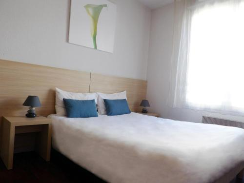 Residhotel St Etienne Centre : Guest accommodation near Saint-Christo-en-Jarez