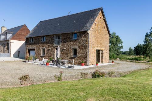 Mon Pré Vert : Guest accommodation near La Selle-en-Luitré