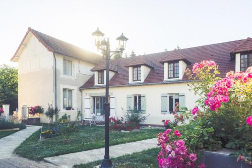 Clos Charmille : Bed and Breakfast near Épineuil-le-Fleuriel
