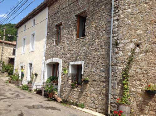 Lac Perdu : Guest accommodation near Sainte-Colombe-sur-l'Hers