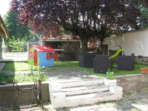 la maison de sabine : Bed and Breakfast near Lieurac