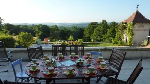 B&B La Maison du Parc : Bed and Breakfast near Salagnac