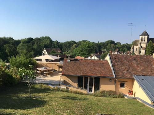 Le clos du point de vue : Guest accommodation near Villecerf