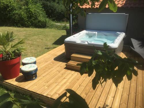 Le Maindreau : Bed and Breakfast near La Roche-sur-Yon