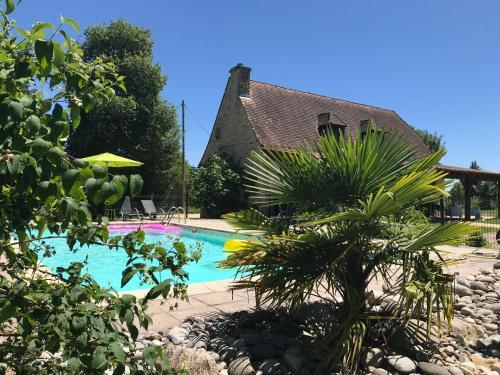 Les hauts de Plazac (Gîte de charme 3*) : Guest accommodation near Plazac