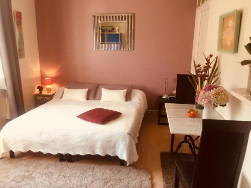 Studio des Rosaires : Guest accommodation near Plérin