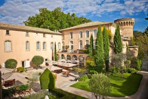 Château De Massillan : Hotel near Mornas