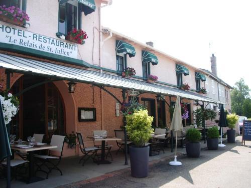 Le Relais de Saint Julien : Hotel near Saint-Martin-du-Lac