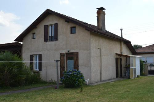 Gite a2pasdelaforet : Guest accommodation near Garrosse
