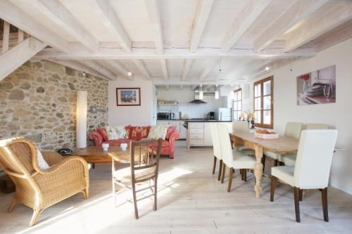 Le Castel : Guest accommodation near Rancogne