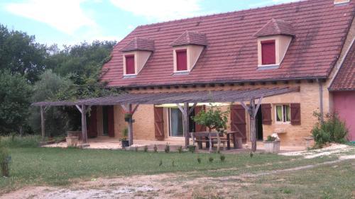 La Grange Périgourdine : Guest accommodation near Saint-André-d'Allas