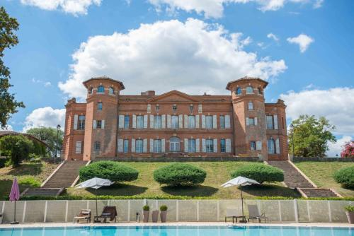 Château de Loubéjac : Guest accommodation near Montauban