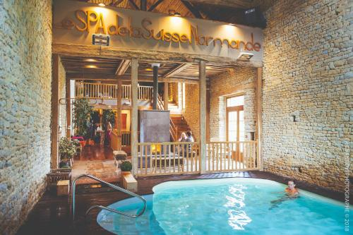Domaine de la Pommeraye & Spa : Hotel near Ouilly-le-Tesson