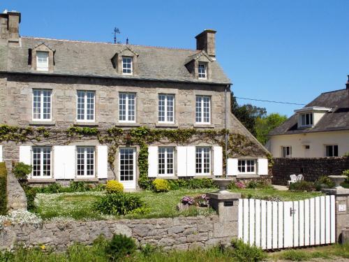 Ferienhaus Reville 402S : Guest accommodation near Gatteville-le-Phare