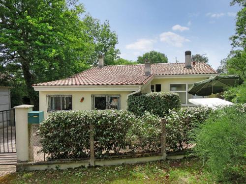 Ferienhaus Lacanau-Ocean 185S : Guest accommodation near Saumos