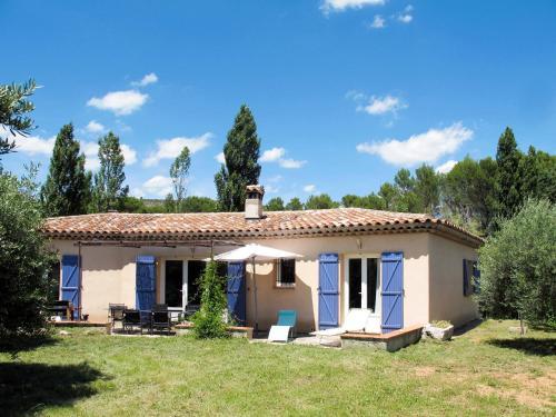 Ferienhaus mit Pool Salernes 110S : Guest accommodation near Salernes