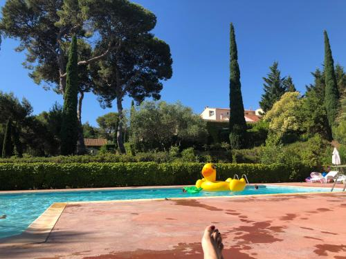 Domaine de Beaumont : Guest accommodation near Pinet