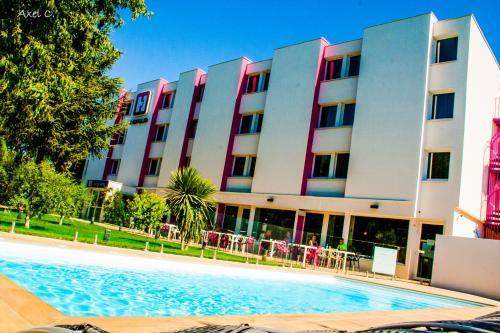 Hotel The Originals Montpellier Sud Hotelio : Hotel near Lattes