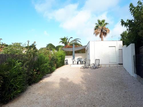 le cube cassiopée : Guest accommodation near Agde