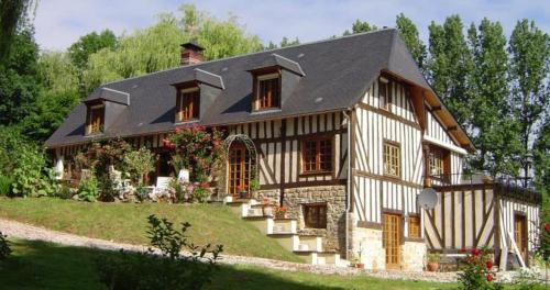 Chambres d'hotes Le Haut de la Tuilerie : Bed and Breakfast near Omméel