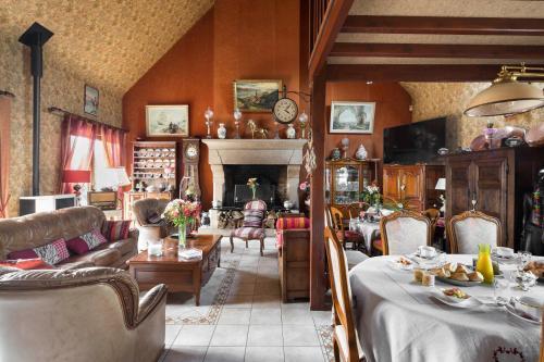 Chez Marie et Jean François : Bed and Breakfast near Mont-Dol