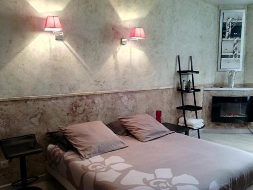 Auberge du Marronnier : Guest accommodation near Angles