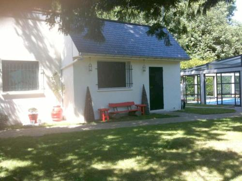 Villa Hameau du Beau Jay : Guest accommodation near Bellefontaine