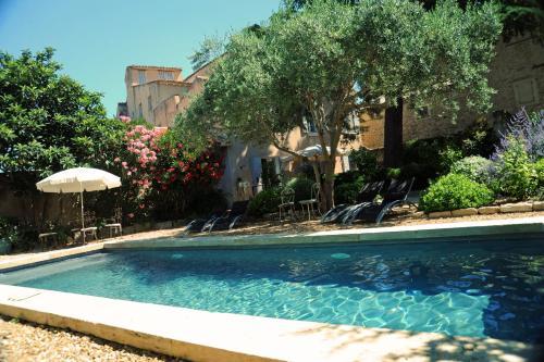 Le Jardin de Mazan : Bed and Breakfast near Mazan