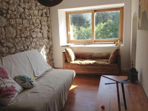 Holiday home Rue du Barry du Lion : Guest accommodation near Saint-Jean-d'Aigues-Vives