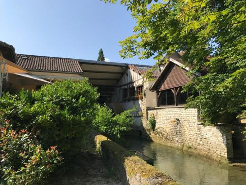 Le Moulin Du Landion Hôtel et Spa : Hotel near Juzennecourt