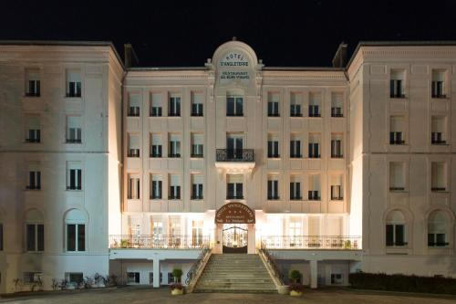Hôtel d'Angleterre : Hotel near Romain-aux-Bois