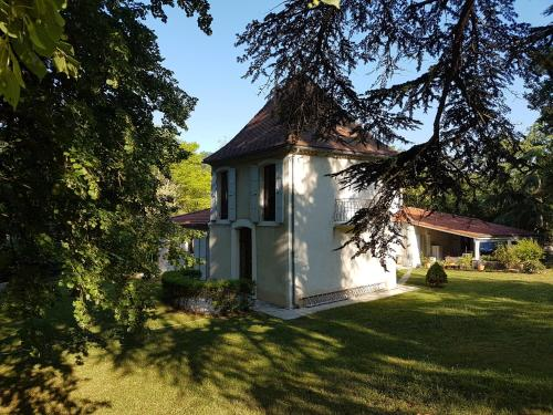 Le Marchon : Bed and Breakfast near Montesquieu