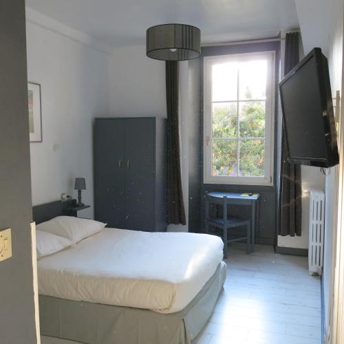 Hotel Saint Daniel : Hotel near Nantes