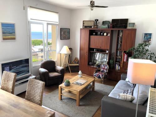 Appartement de charme vue mer face à Nausicaa : Apartment near Le Portel
