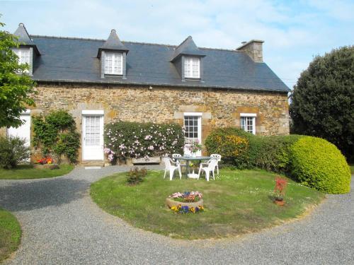 Ferienhaus Pordic 111S : Guest accommodation near Saint-Brieuc