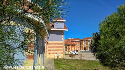 Résidence Anna : Guest accommodation near Grayan-et-l'Hôpital