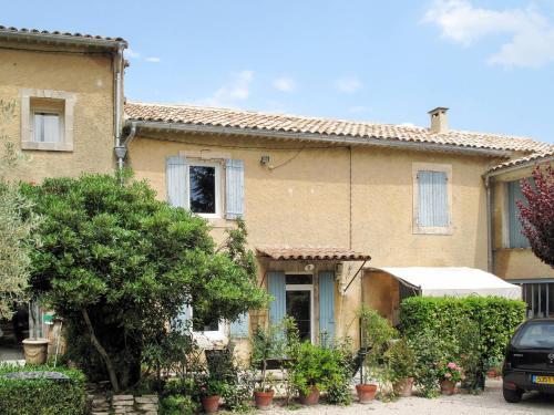 Mas Les Constances 102S : Guest accommodation near Ménerbes