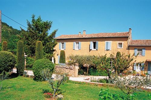 Mas Les Constances 101S : Guest accommodation near Ménerbes