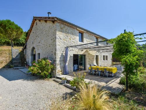 Maison De Vacances - Espere 2 : Guest accommodation near Caillac