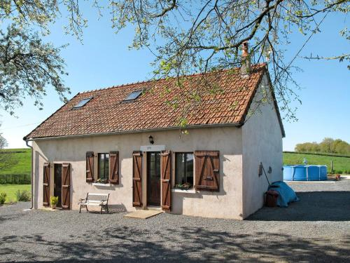 Ferienhaus Ternant 300S : Guest accommodation near Saint-Seine