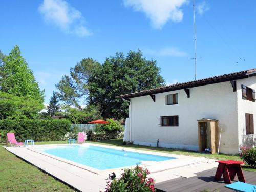 Ferienhaus mit Pool Andernos 160S : Guest accommodation near Lanton