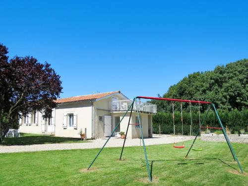 Ferienhaus Begadan 110S : Guest accommodation near Saint-Germain-d'Esteuil