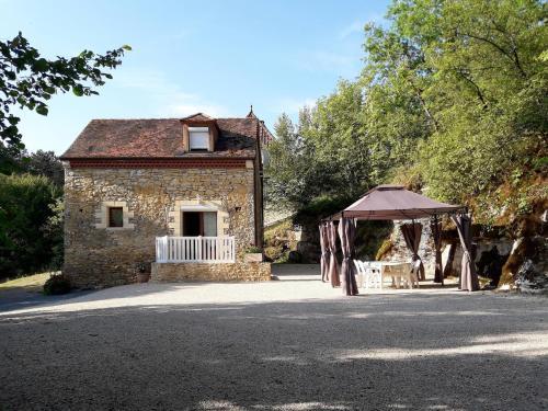Ferienhaus Dégagnac 400S : Guest accommodation near Rampoux